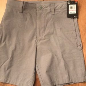 Under Armour Boys Gray Golf shorts size-6